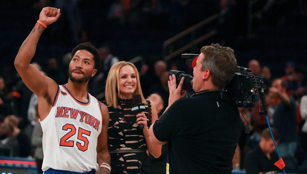 New Knicks absorb Garden's energy in home opener win over Grizzlies