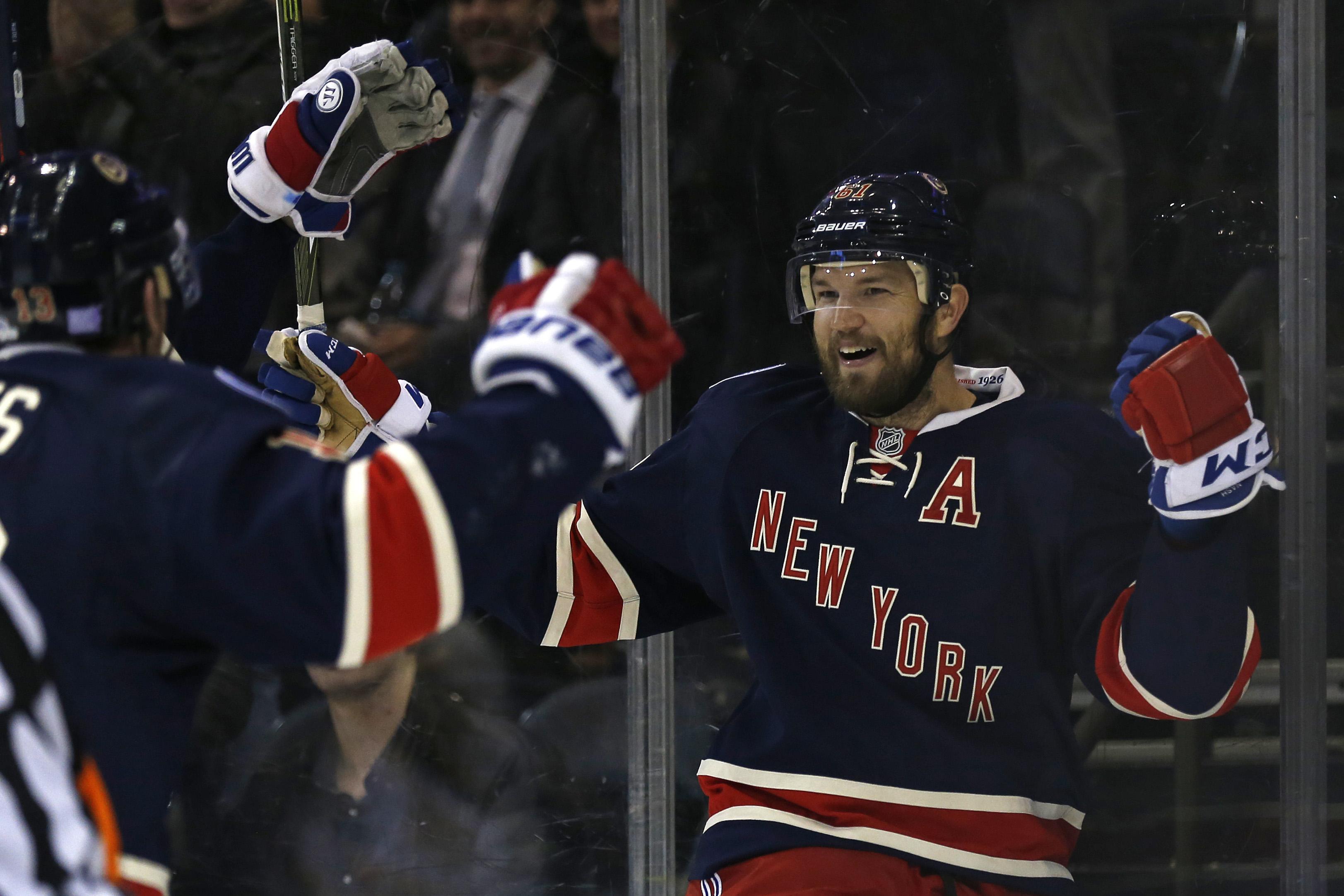 New York Rangers Dominate Boston Bruins Behind Brandon Pirri's Two Goals (Highlights)