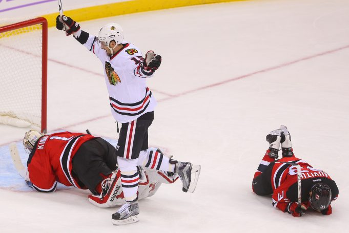New Jersey Devils Stunned By Blackhawks In Overtime (Highlights) 1