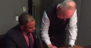 New York Mets: Yoenis Cespedes, Sandy Alderson sign new contract (Video)
