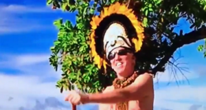 Bill Walton continues to showcase his own unique style (Video) 2
