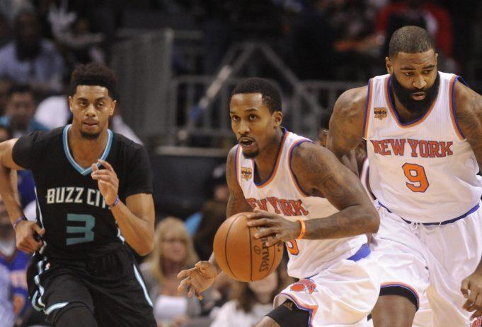 New York Knicks spoil Brandon Jennings' big night with loss to Hornets (Highlights)