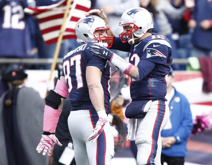 Tom Brady and Rob Gronkowski officially listed as questionable vs. New York Jets
