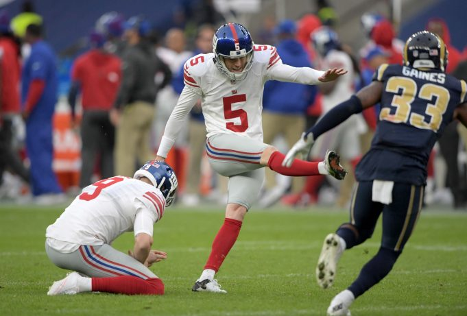 New York Giants' Brad Wing shows off braces, gets on refs 2