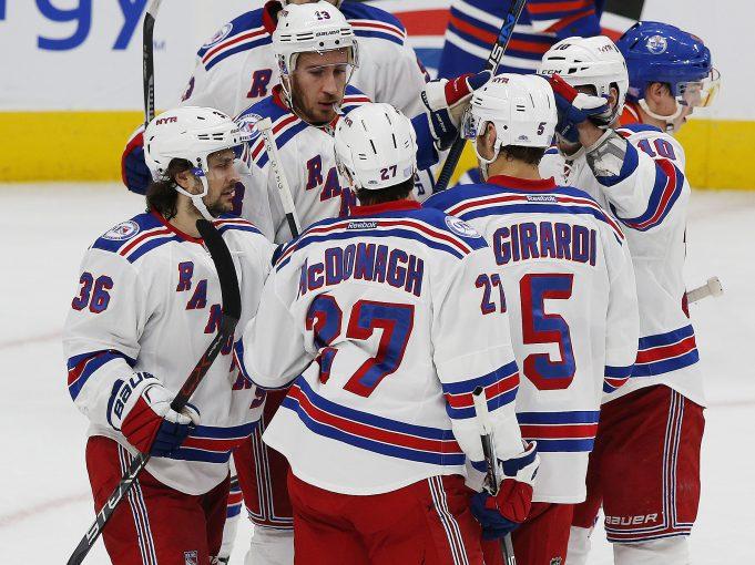Michael Grabner Leads New York Rangers to Win in Edmonton (Highlights)
