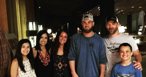 Bryce Harper very fan-friendly while on his honeymoon (Photos)