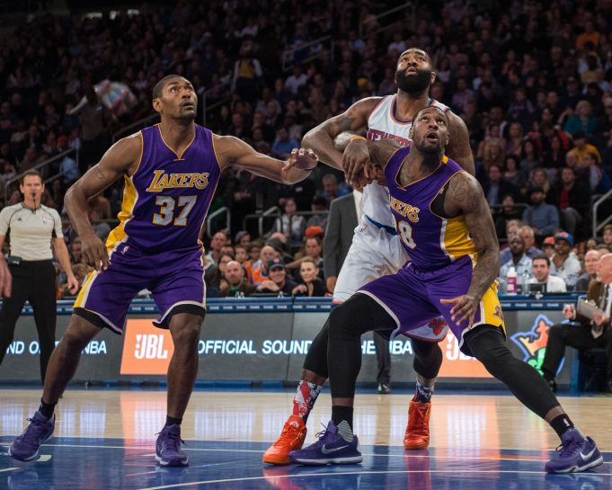 New York Knicks look to improve to 2-0 on West Coast trip against Los Angeles Lakers