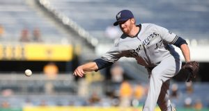 New York Mets sign two righty relief pitchers to minor league deals 2