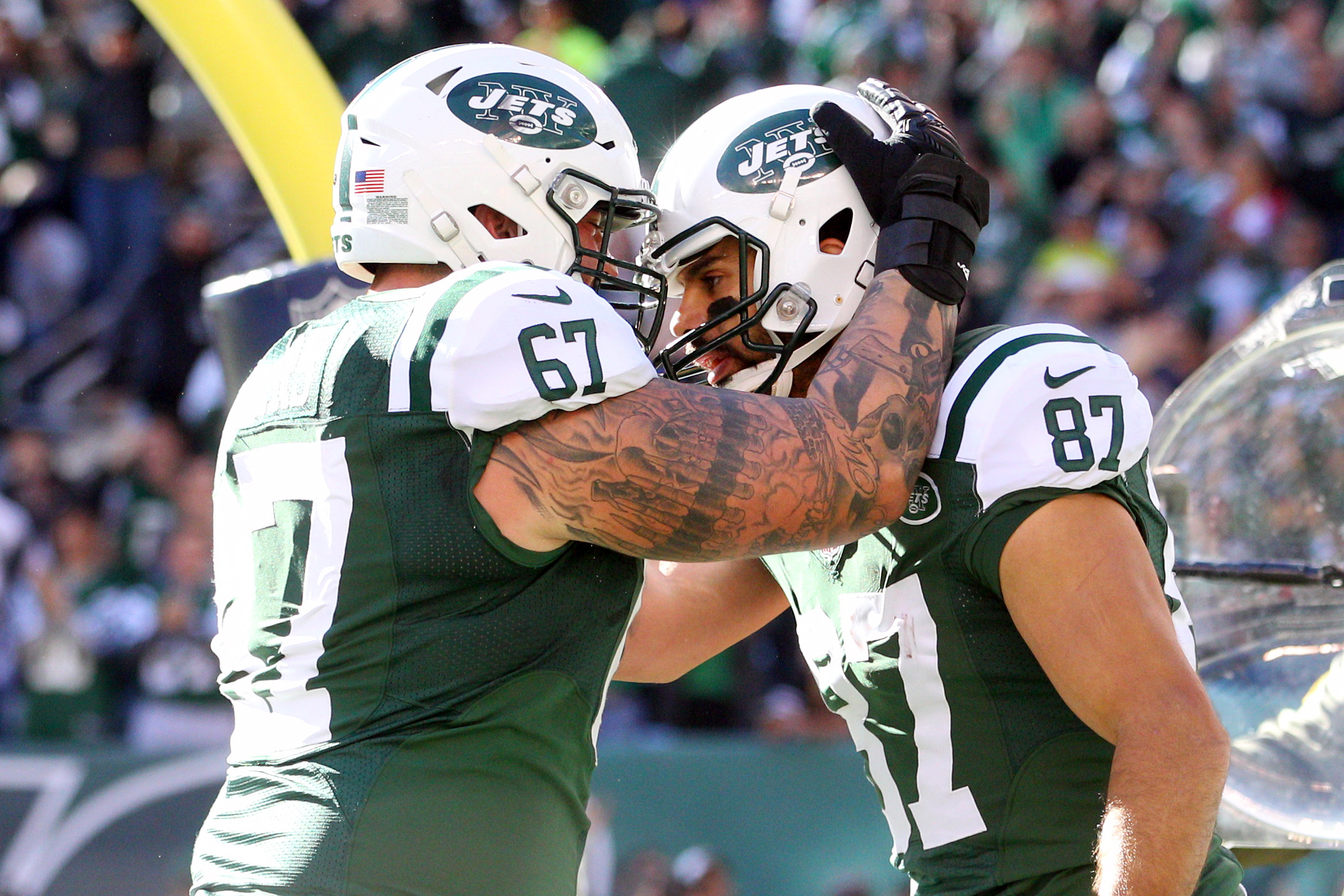 New York Jets Brian Winters agree on four year extension Report
