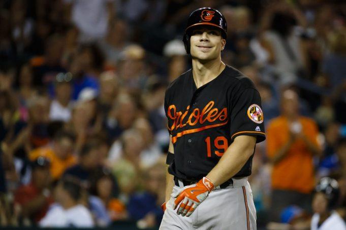 Baltimore Orioles' Chris Davis throws shade towards Jose Bautista