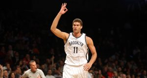 Brook Lopez hits a career-high six threes in the first half 2
