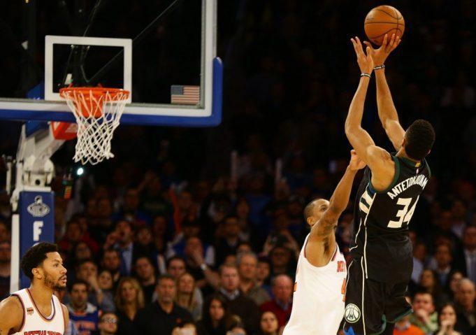 Greek Freak buzzer-beater caps off Knicks' fourth quarter collapse