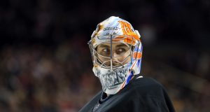 New York Islanders re-sign Thomas Greiss, three-years, $10 million