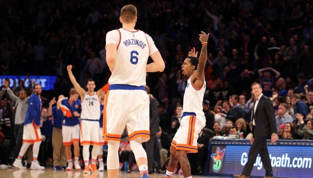 Courtney Lee has the Garden explode in New York Knicks 110-107 win over Hornets (Highlights) 2