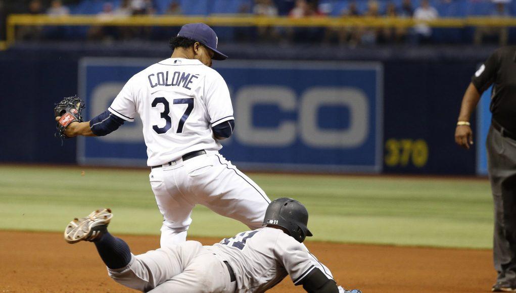 New York Yankees: Brett Gardner should stop sliding into first base