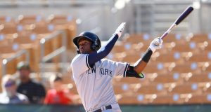 New York Yankees: Will Miguel Andujar put pressure on Chase Headley?