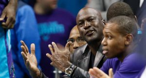 New York Knicks lift Charles Oakley's ban from MSG, Michael Jordan involved