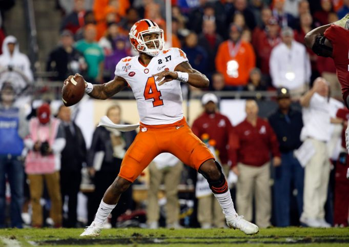 The New York Giants should not draft a quarterback in the first round