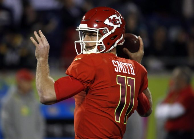 Should the New York Jets kick the tires on Alex Smith? 2
