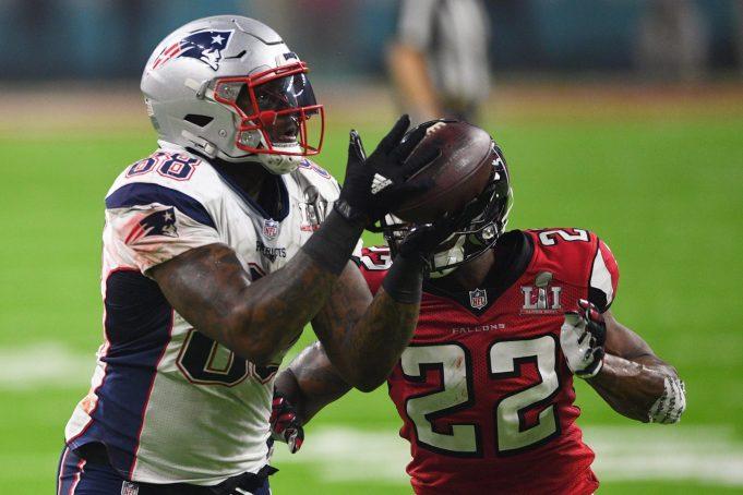 Super Bowl champion Martellus Bennett seeks to inspire children beyond being the next Jordan