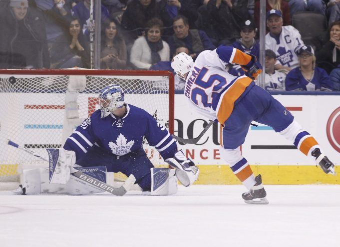 New York Islanders submit to Toronto Maple Leafs in embarrassing 7-1 loss