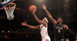 St. John's Red Storm continues its winning ways at home