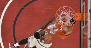 The Syracuse Orange fall flat against Louisville (Highlights)