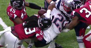 Super Bowl 51: Deion Jones' strip fumble leads to first score (Video)