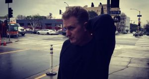 Actor Michael Rapaport reacts to Charles Oakley's lifetime ban (Video)