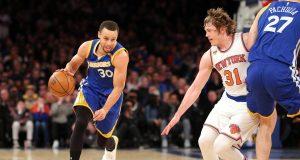 New York Knicks: Kristaps Porzingis, Ron 'Burgundy' Baker put forth great effort in loss to dominant Warriors (Highlights)