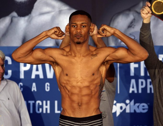 Will Daniel Jacobs' Chin Hold Up Against Gennady Golovkin's Power? 2