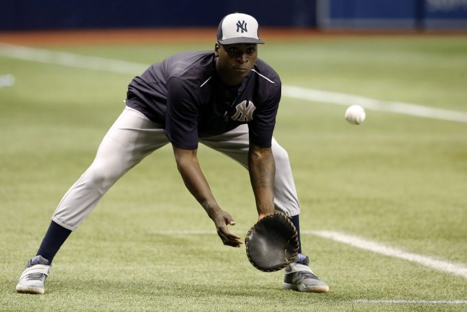 New York Yankees: Didi Gregorius Suffers Shoulder Strain, Will Miss Opening Day