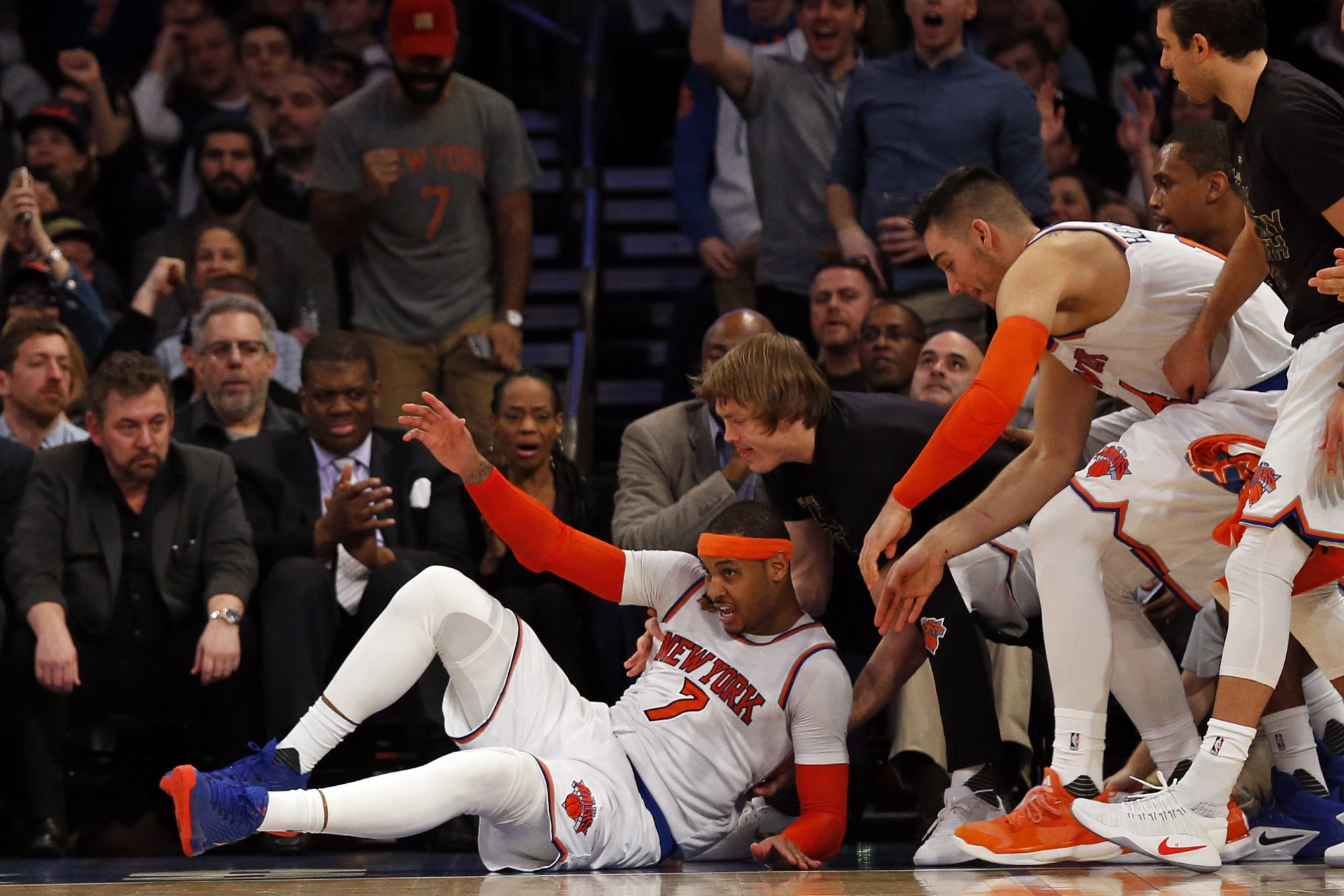 The New York Knicks Awkward Position: Stuck in Playoff Push and Rebuilding 2