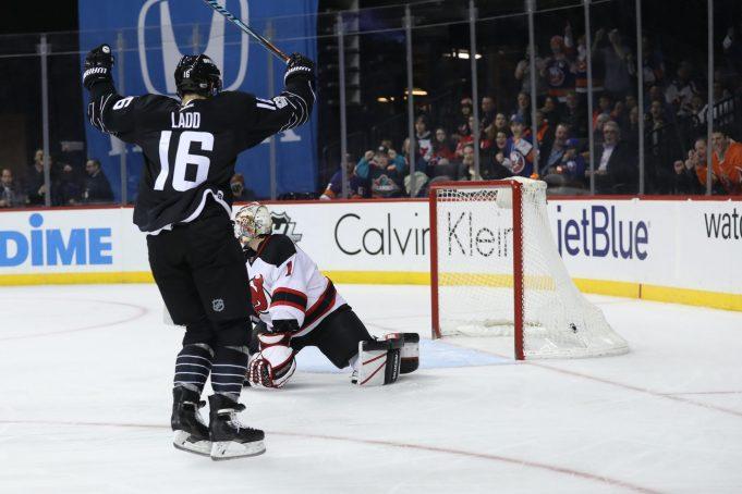 New York Islanders' Andrew Ladd Honored by Former Team, the Calgary Hitmen