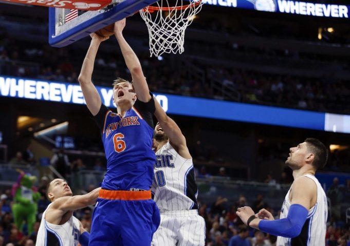 New York Knicks shut down Magic behind return of the triangle, Kristaps Porzingis (Highlights)