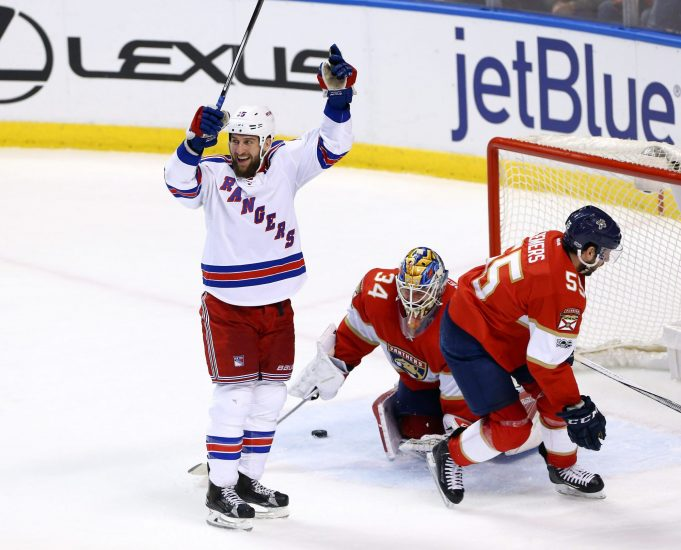 New York Rangers 5, Florida Panthers 2: Tanner Glass the Superhero (Highlights)