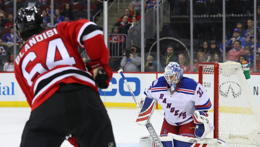 New Jersey Devils 3, New York Rangers 2: Old-Time Hockey Treats the Fans (Highlights)