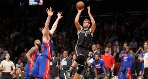 Brooklyn Nets Top Detroit Pistons On a Brook Lopez Buzzer-Beater (Highlights)