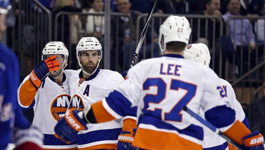 New York Islanders Stun Rangers, 3-2, at Madison Square Garden (Highlights) 2