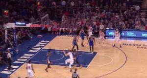 New York Knicks: Kristaps Porzingis crosses over Draymond Green (Video)