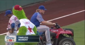 Mets' Noah Syndergaard Steals the Philly Phanatic's Quad (Video)