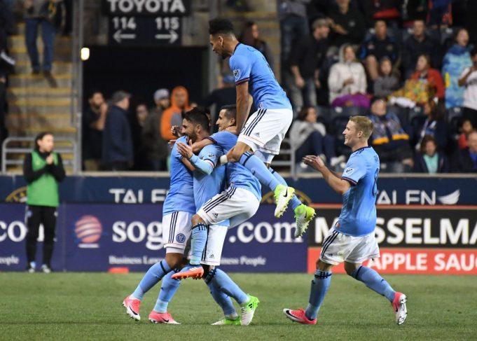 David Villa's Amazing Goal Leads New York City FC Past Philadelphia Union, 2-0 (Highlights)