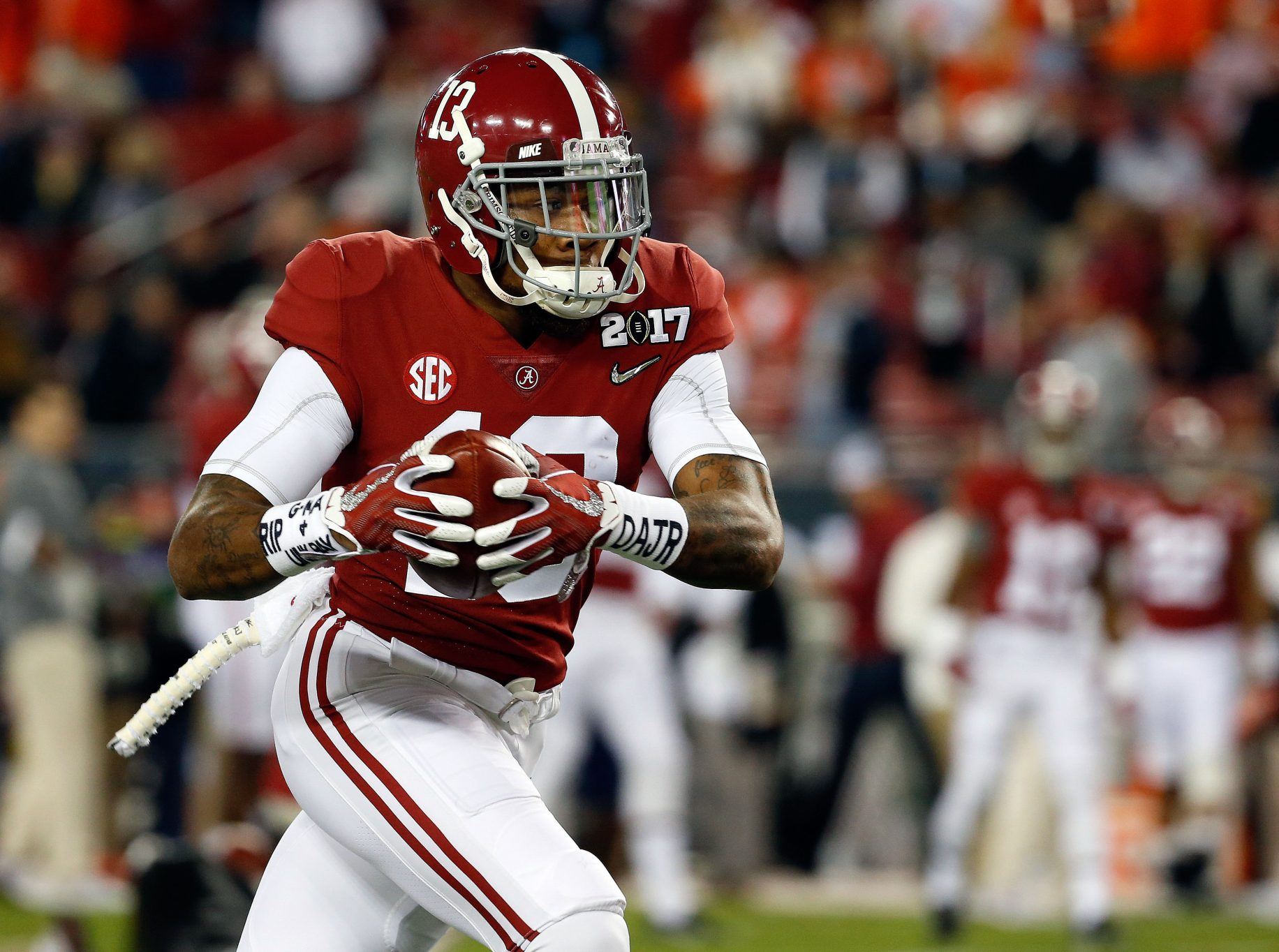 New York Jets Draft Reaction: Trade Down to Select Alabama Wide ...