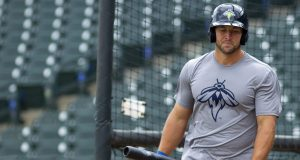 Tim Tebow Homers In First At-Bat with Columbia Fireflies (Video)