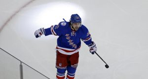 New York Rangers Jump Out to Early 2-0 Lead on Goals by Mats Zuccarello, Michael Grabner (Video)
