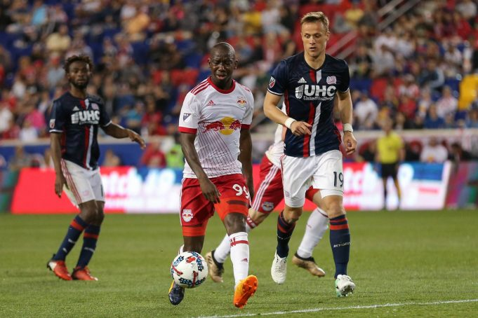 New York Red Bulls Paint New England Red in 2-1 Win (Highlights)