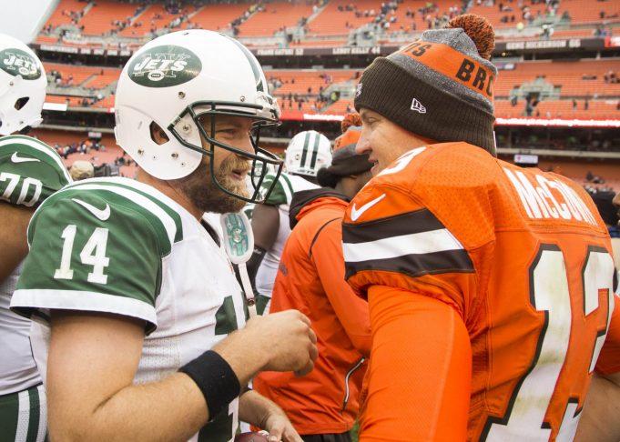 New York Jets: Is Josh McCown Any Better Than Ryan Fitzpatrick?
