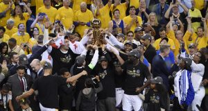 Golden State Warriors Knock Off the Cavs to Win 2017 NBA Finals (Highlights) 2
