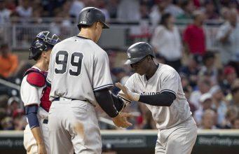 New York Yankees History  USATSI_10166567-341x220
