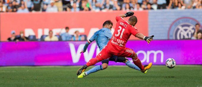New York Red Bulls Revenge Falls Short in 2-3 NYCFC Loss; David Villa Hat Trick (Highlights) 2